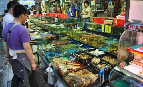 记者走访了市中区的济南海鲜大市场发现,相比休渔期初期,近期市场上的