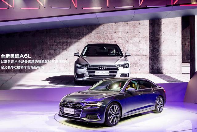 在奥迪展台逛了一圈,中国豪华汽车市场的半壁江山都在这了!